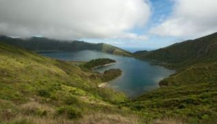 Lagoa de Fogo, der Feurersee