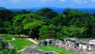 Die Welt der Maya für Genießer