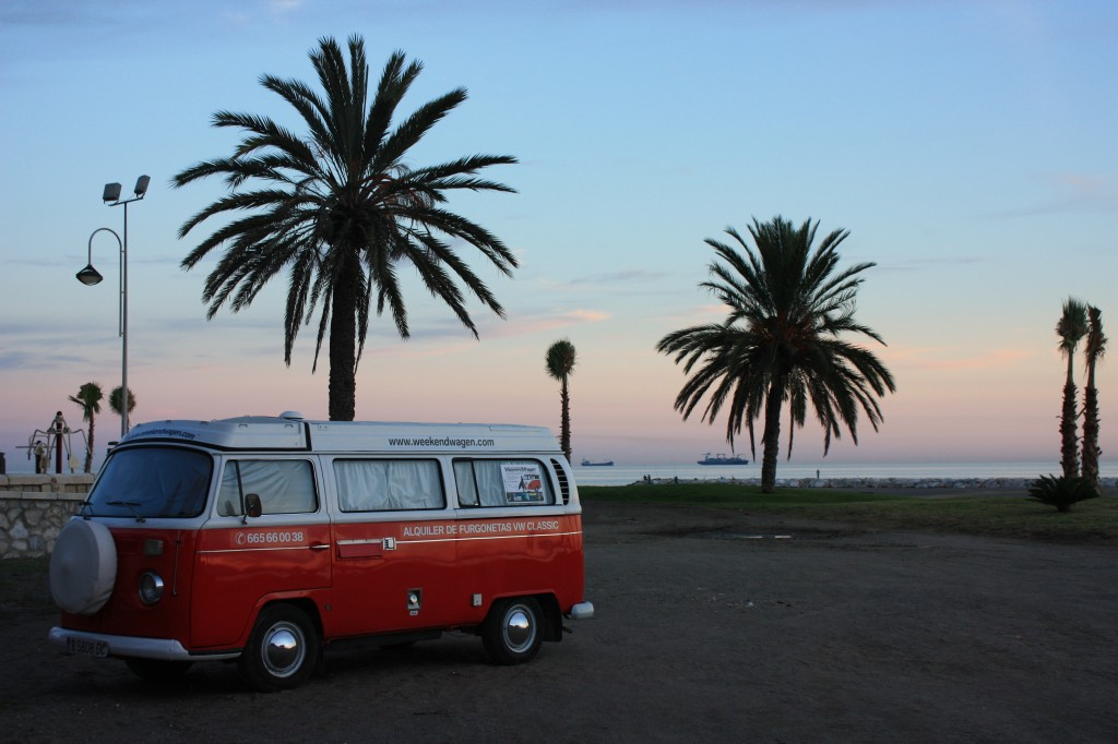 1. VW Bus am Strand