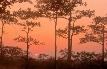 Sonnenuntergang Attapeu im Südosten von Laos