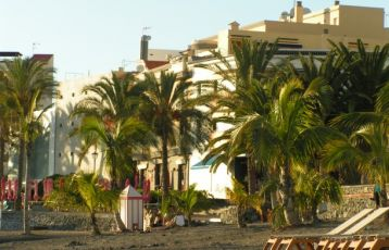 Tropisches Feeling am Strand von Playa de San Juan