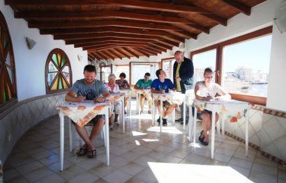 Spanisch-Sprachurlaub auf Teneriffa - 15-tägiger Intensivkurs für Anfänger oder Fortgeschrittene