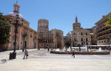 | Der Kathedral-Platz in Valencia.