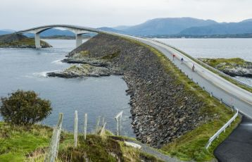 Road cycling, The Atlantic Road
