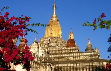 Rundreisen Burma, Ananda Tempel in Bagan